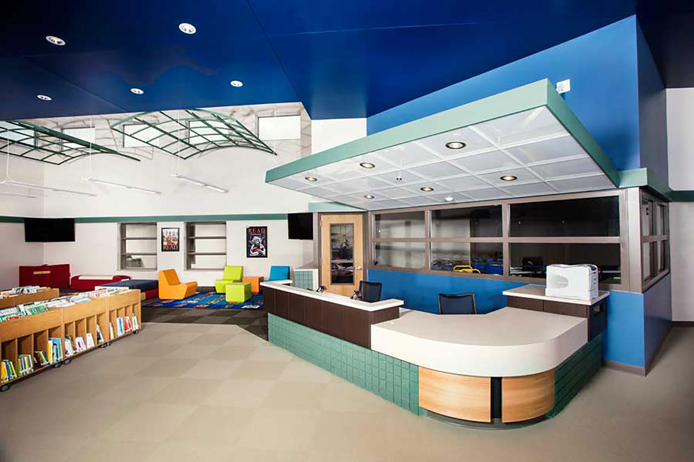 By Design Furniture And Interior Design Des Moines Ia ~ Interior design schools in des moines ia diepedia